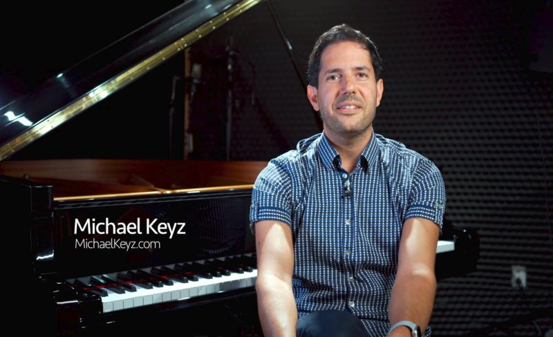 Photo of Michael Keyz at the piano